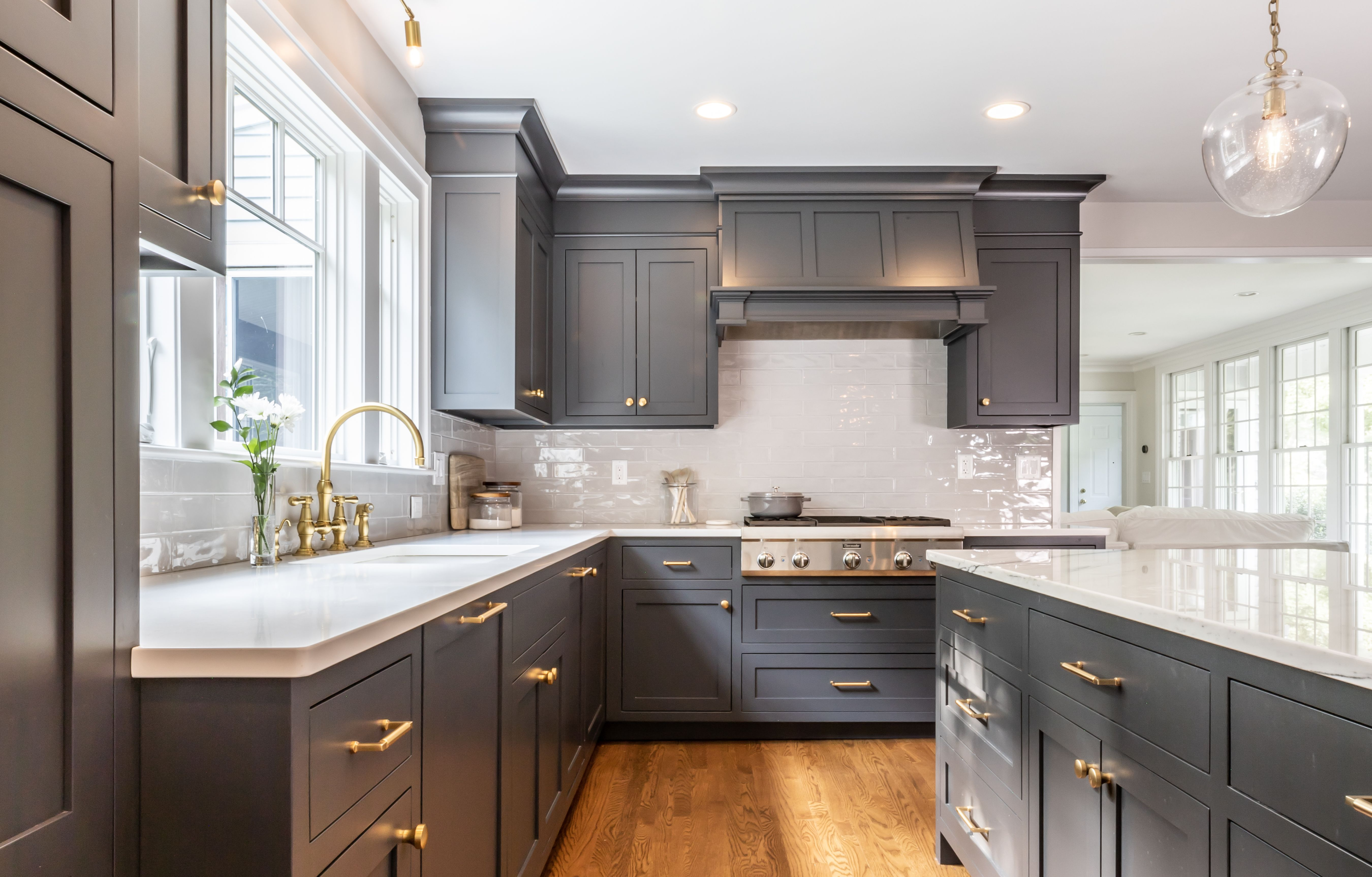 Before And After Home Remodel Reveals Thermador Home Appliance Blog Diy Kitchen Renovation Grey Kitchen Cabinets Traditional Kitchen Design