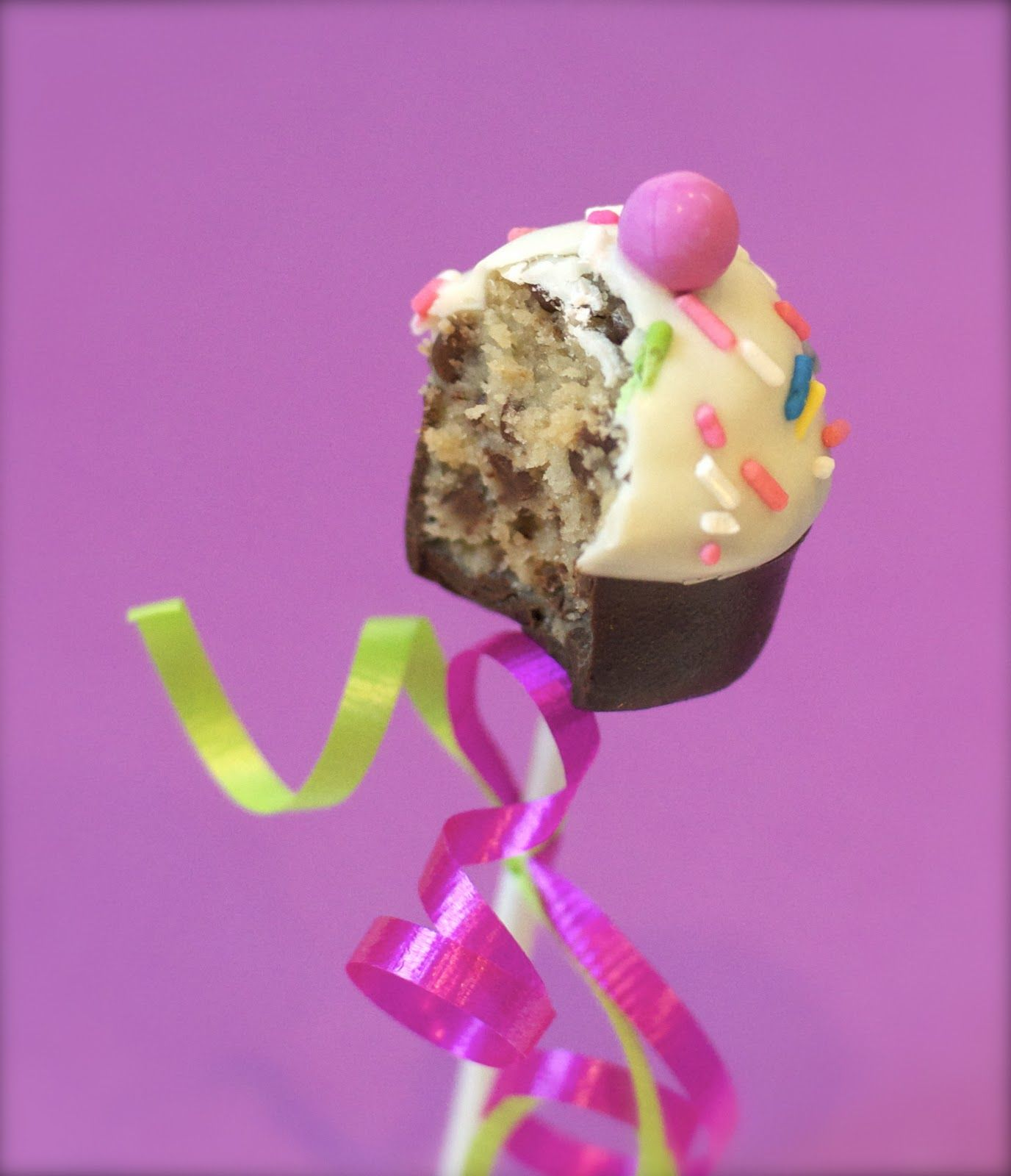 Best choco chip cookie dough recipe for cake pops! Linds I