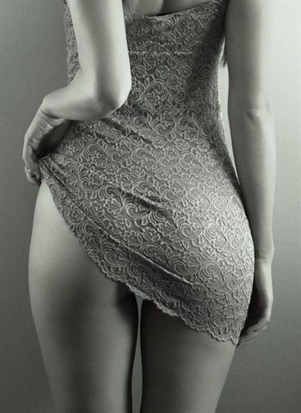 красивая попа в платье