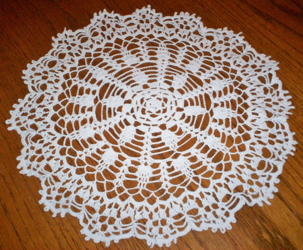 """Beautiful Vintage Hand Crocheted Lace Doily 15"""" Diameter Estate Item White Color"""
