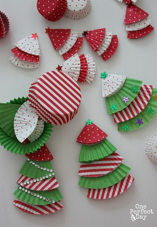 Easy-Christmas-crafts-for-kids-to-make Muffin Liner Trees from One Perfect Day