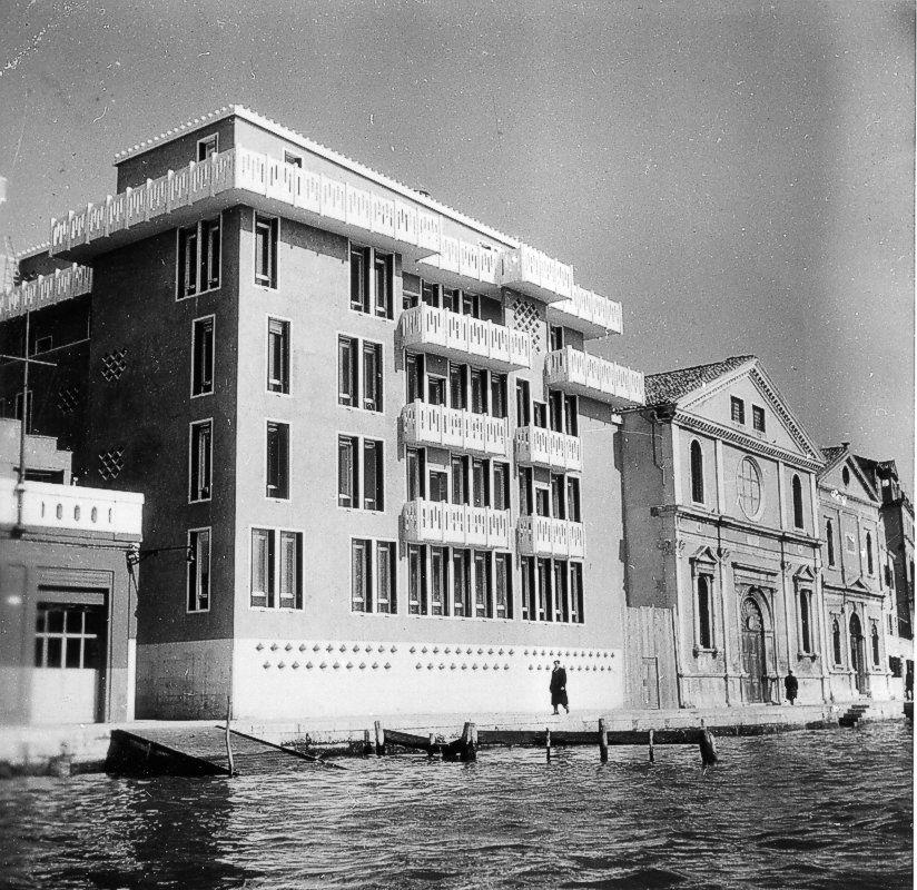 Casa alle zattere a venezia 1953 1958 ignazio gardella for Casa moderna milano