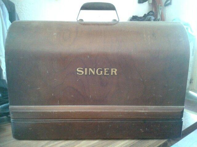 Baul de la maquina Singer