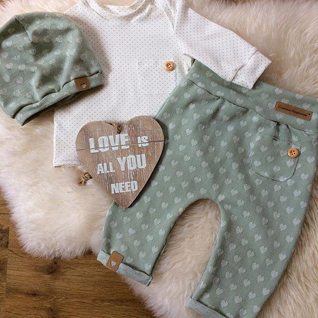 pingl par maritzacoto sur maritza en 2018 pinterest couture enfant bebe et v tements b b. Black Bedroom Furniture Sets. Home Design Ideas