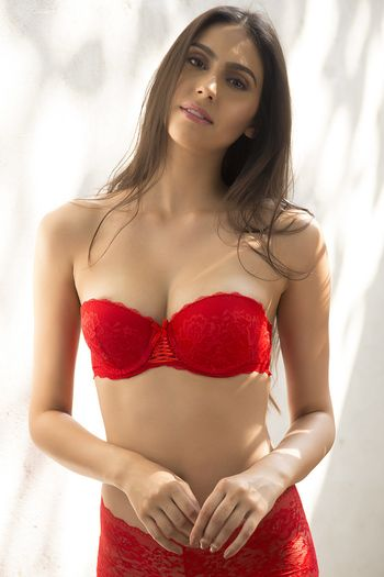 Zivame All That Lace Moderate Push Up Strapless Bra-Red | Under ...