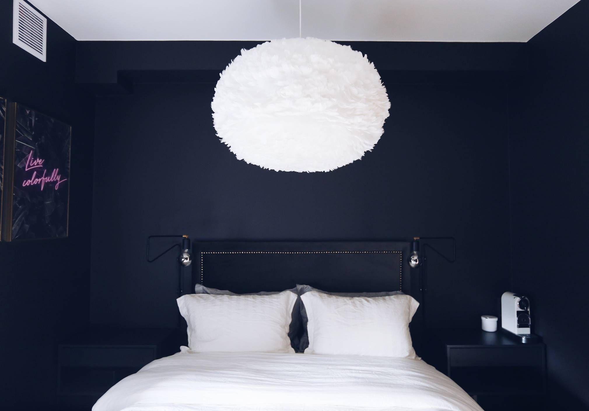 Lampetour I Leiligheten Ida Wulff Det Ble To House Doctor Swing Vegglampe Som Sengelamper I Sort Selvfolgelig Dett In 2020 Modern Kitchen Design Design Home Decor