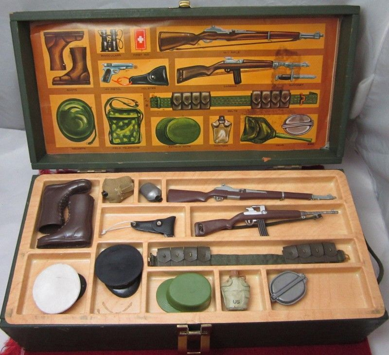 HASBRO 1964 GIJoe Foot Locker Vintage Toys