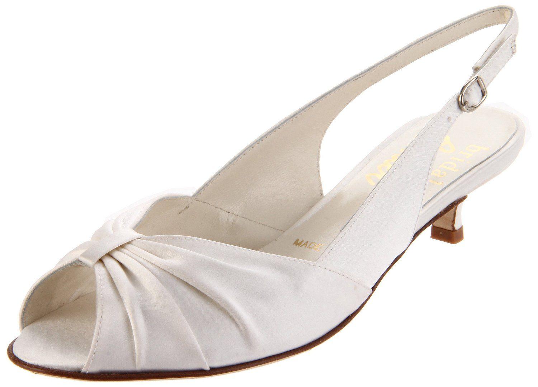 Amazon Com Bridal By Butter Women S Flamingo Kitten Heel Pump Shoes Kitten Heel Shoes Kitten Heel Pumps Women Shoes
