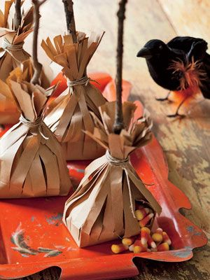 40+ Devilishly Fun Decorating Projects Thanksgiving parties - halloween decoration ideas homemade