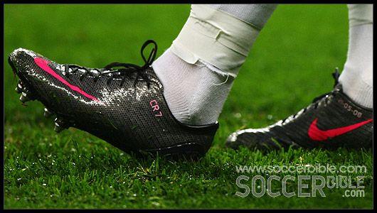 Cristiano Ronaldos Football Boots - Nike Mercurial : Football