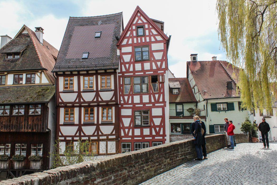 Die Universitätsstadt Ulm liegt an der Donau, am südöstlichen Rand der Schwäbischen Alb, in Baden-Württemberg, direkt an der Grenze zu Bayern. Mit ihren...