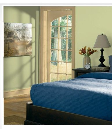 Wall And Trim Colors Bedroom Valspar 3004 10b Holmes Cream And 6001 3b Mint Frost