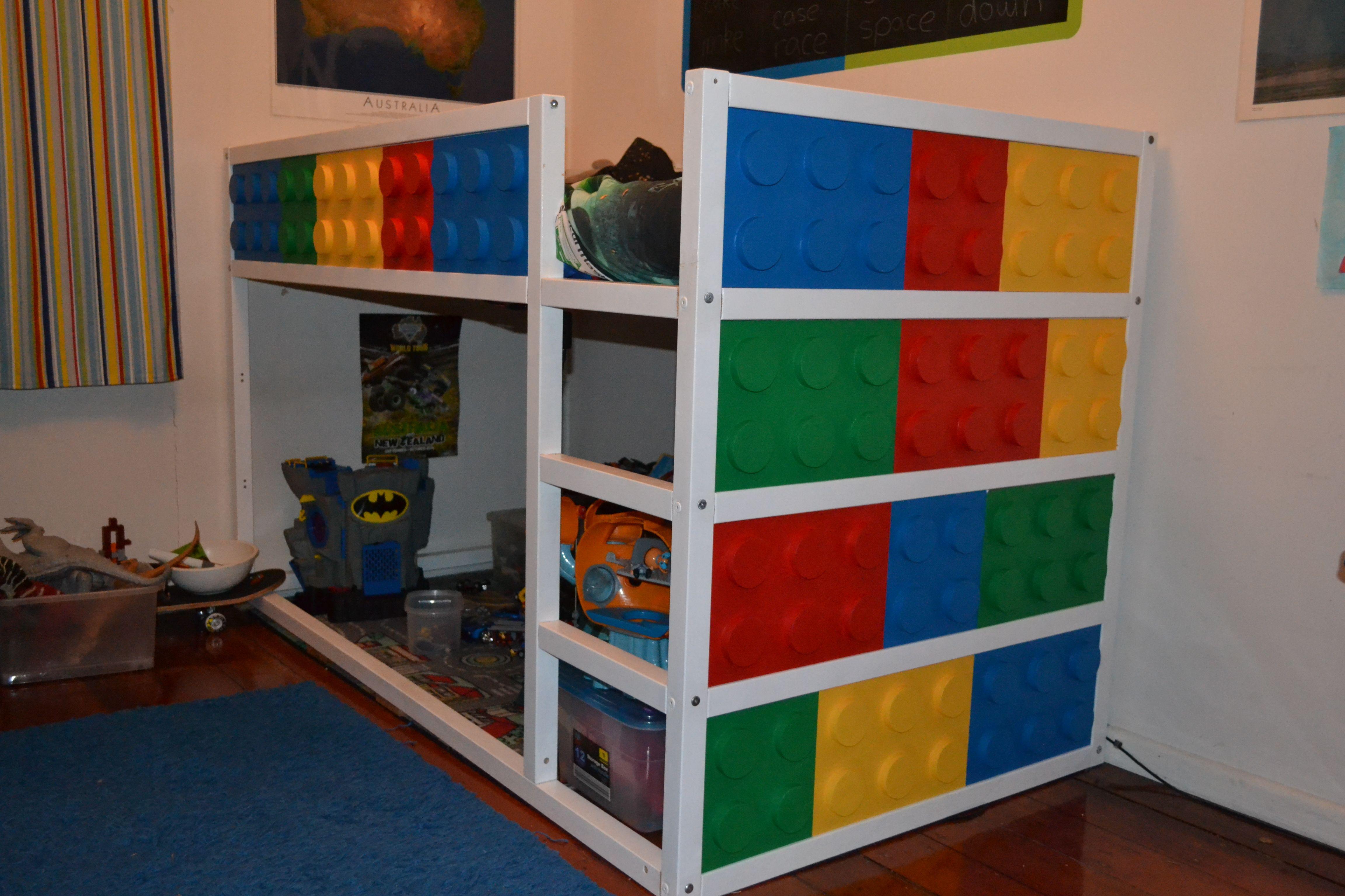 ikea kura bed hack lego bed chambre enfants pinterest lit chambre enfant et chambre. Black Bedroom Furniture Sets. Home Design Ideas