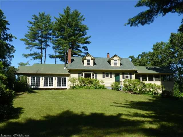 325 Turnpike Rd Somers - 3 Bedrooms, 2 Bathrooms :: Home for sale in Somers, CT MLS# G625024. Learn more with Keller Williams