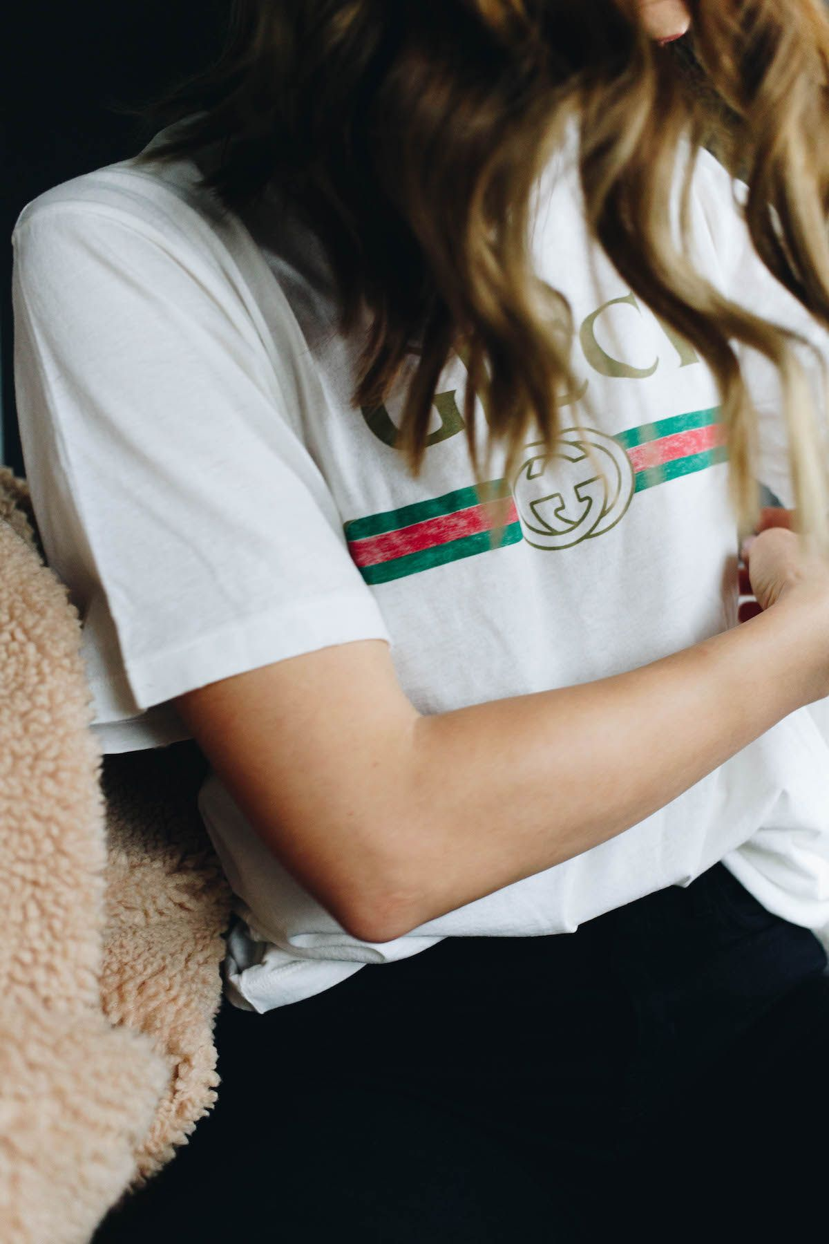 e0eec77a41c3 Pin by Melange Pursuit on street stylin'   Gucci tee, Gucci shirt ...