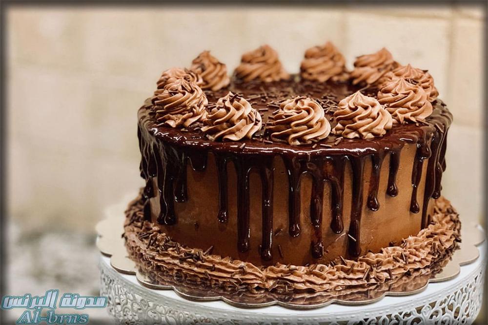 كيك اعياد ميلاد للكبار Vegan Chocolate Frosting Cake Recipes Vegan Birthday Cake