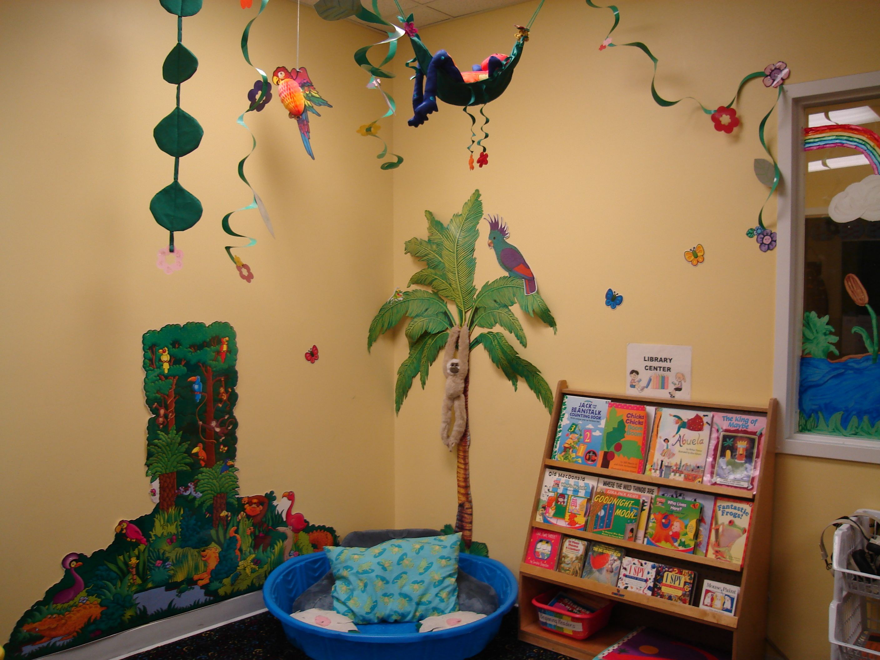 Classroom Rainforest Ideas : Tropical theme classroom students enter a