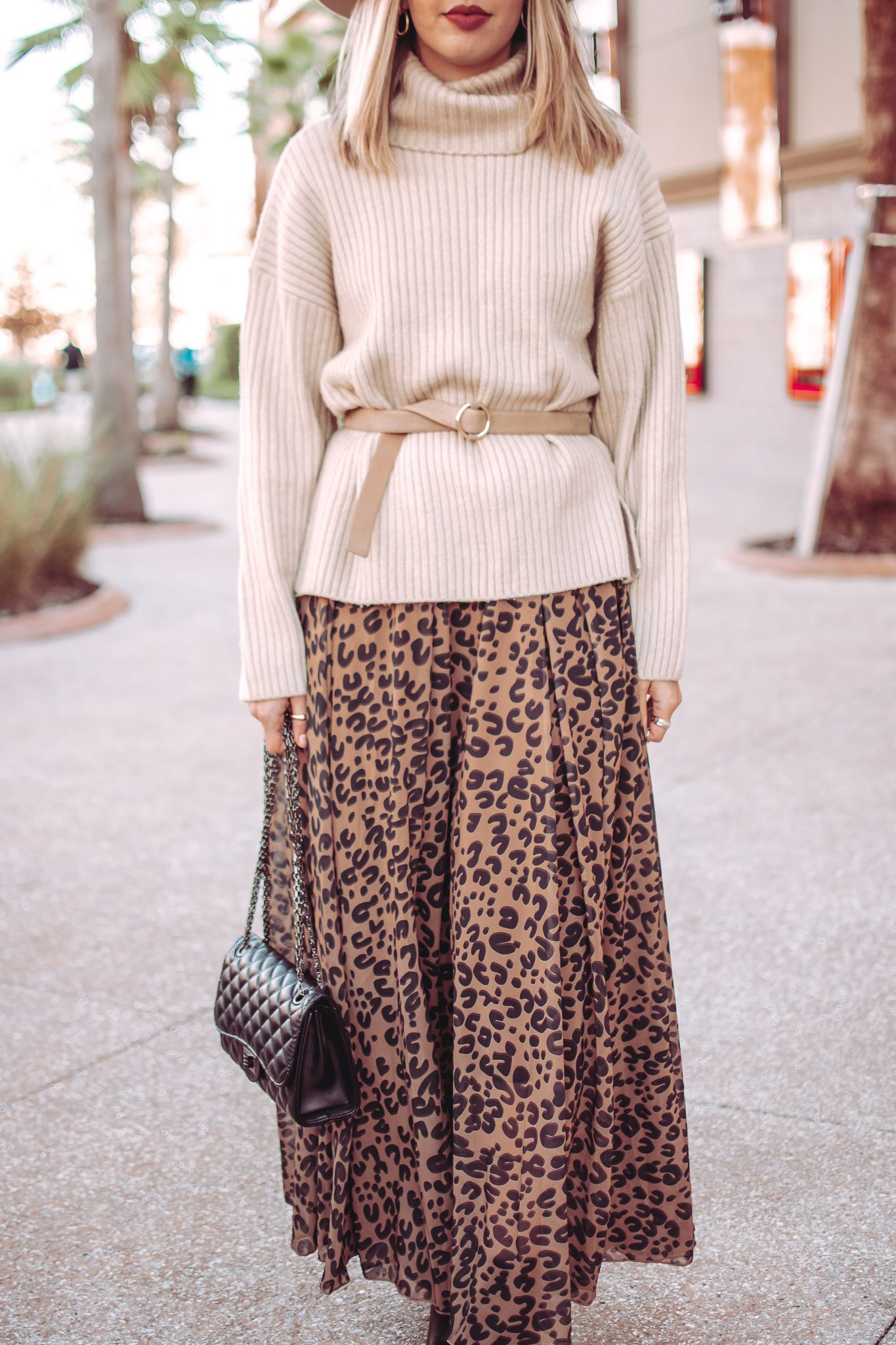 Boho Chic Outfit Printed Maxi Skirts Boho Chic Outfits Chic Fall Outfits [ 2048 x 1365 Pixel ]