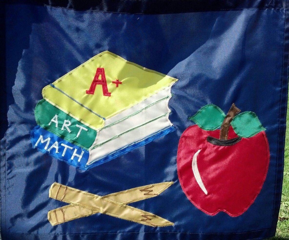 Back To School Flag Full Size By Glastonburythornflag On Etsy 50 00 Handmade Flags Handmade Christmas Ornaments