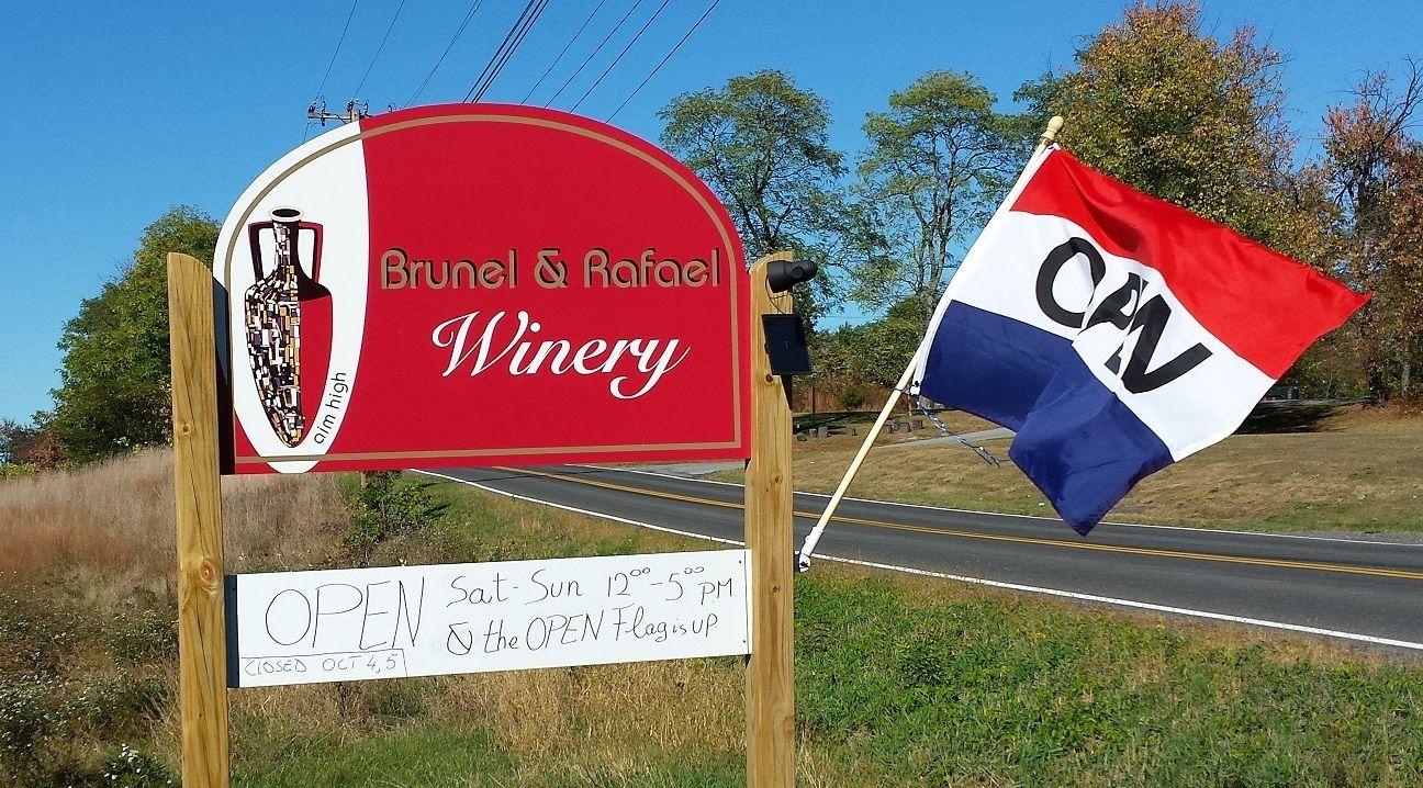 Brunel And Rafael Winery Marlboro Ny Winery Wine Tasting Marlboro