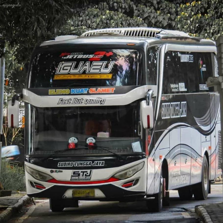 Fast But Quality Iguazu Stj Stjfans Fotobus Bus Sudirotunggajaya Ganjelberiman Iguazu Stiker Mobil Mobil Ponsel