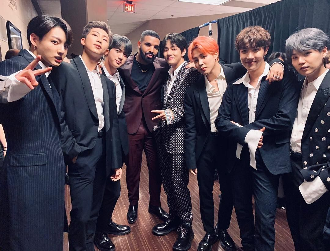 Shuuuut Up They Finally Got A Picture With Drake Bts Billboard Bts Photo Bangtan