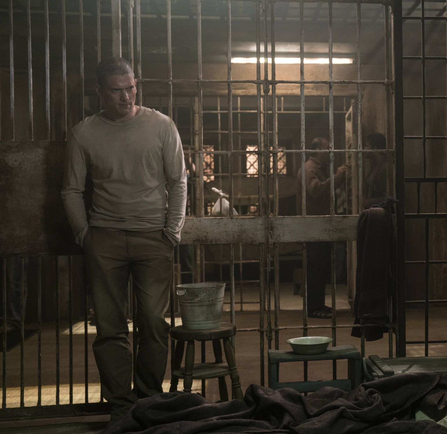 Prison Break Season 5 Trailers Clips Featurettes Images And