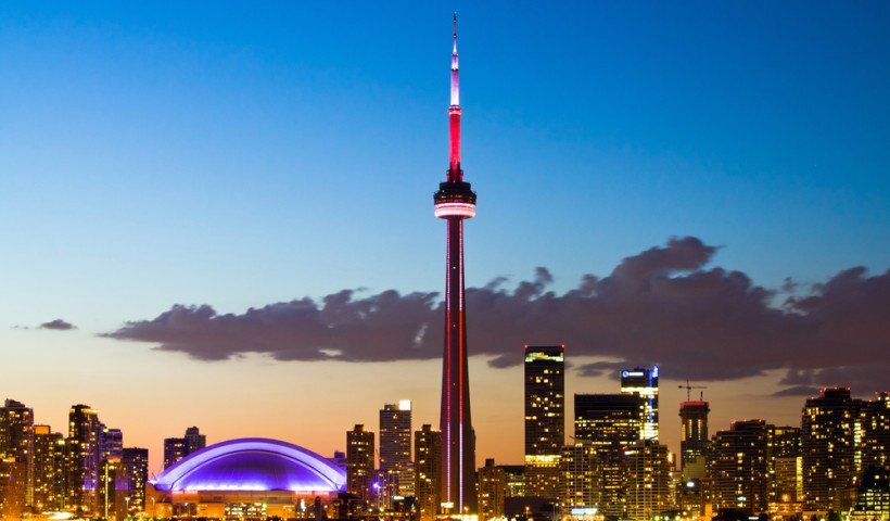 The Top 5 Places To Visit In Toronto Queen City T O Canada S Largest And Multi Cultural Is Vibrant