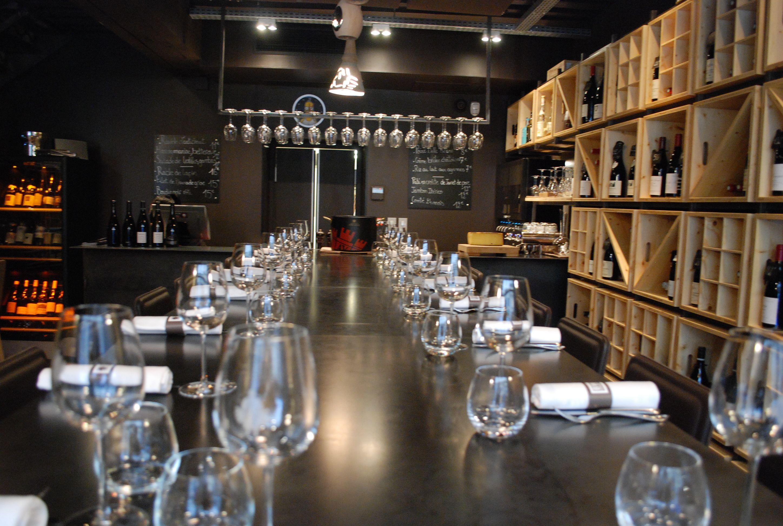 Escaliers Décors® (www.ed-ei.fr) a fabriqué et installé le bar et l ...