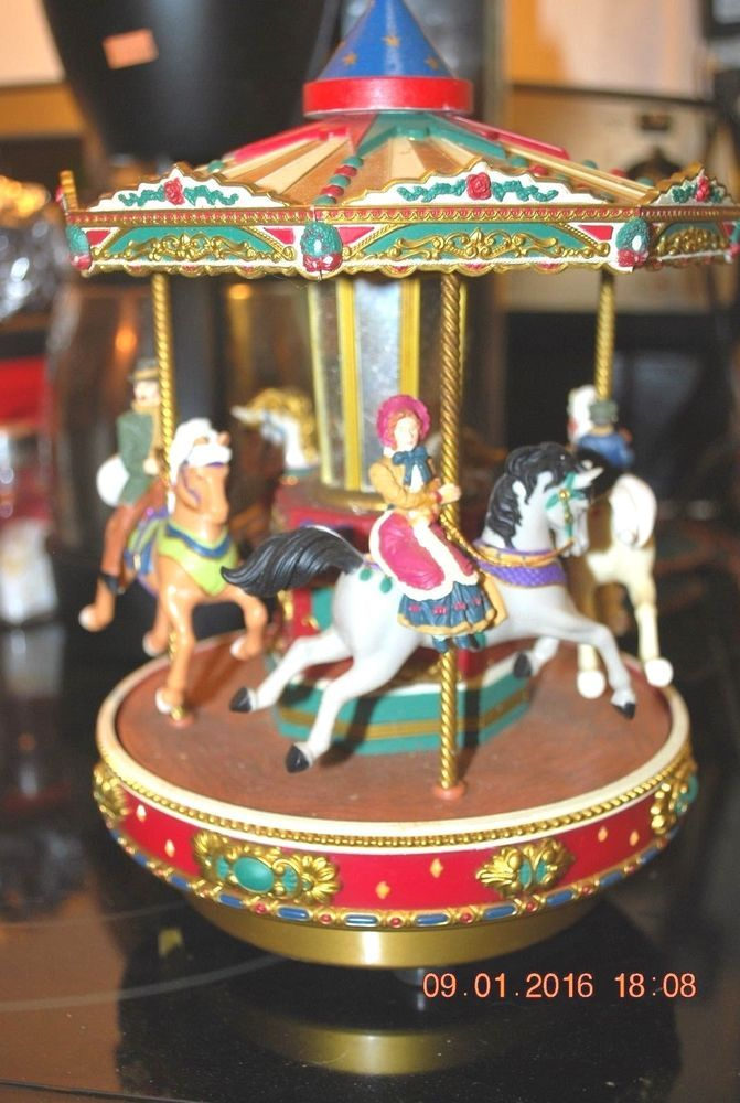 Mr christmas carousel multi song soldiers  ladies date g18 used - christmas carousel decoration
