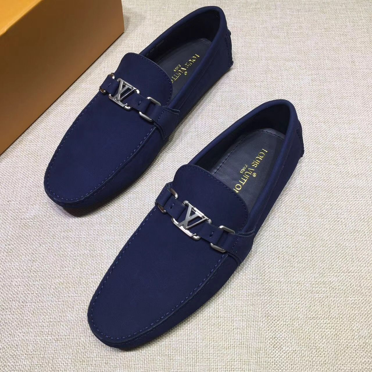 4b15c6c60a7e Louis Vuitton lv man shoes leather loafers
