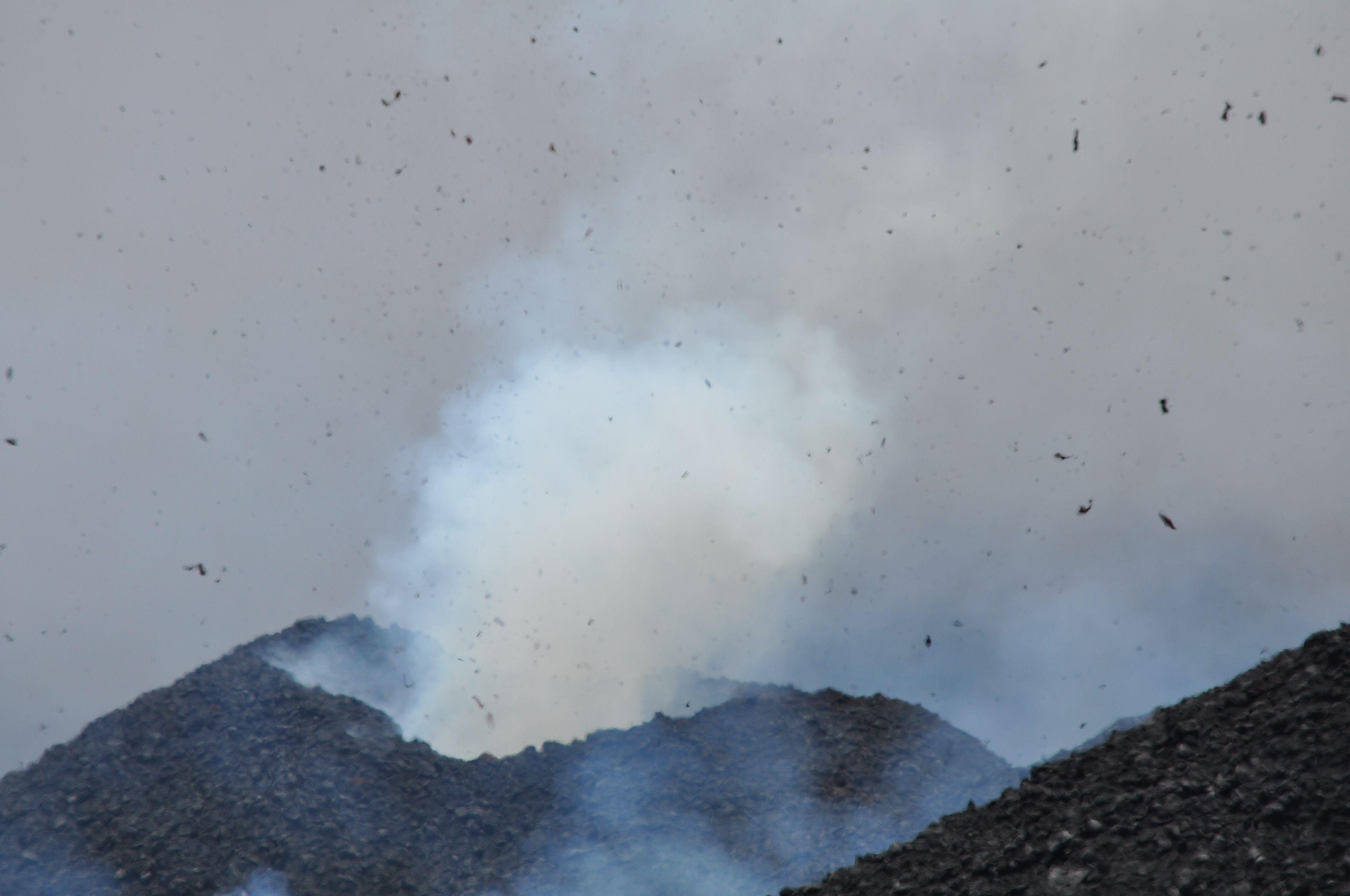 Le nouveau cratère de l'Etna, juillet 2014