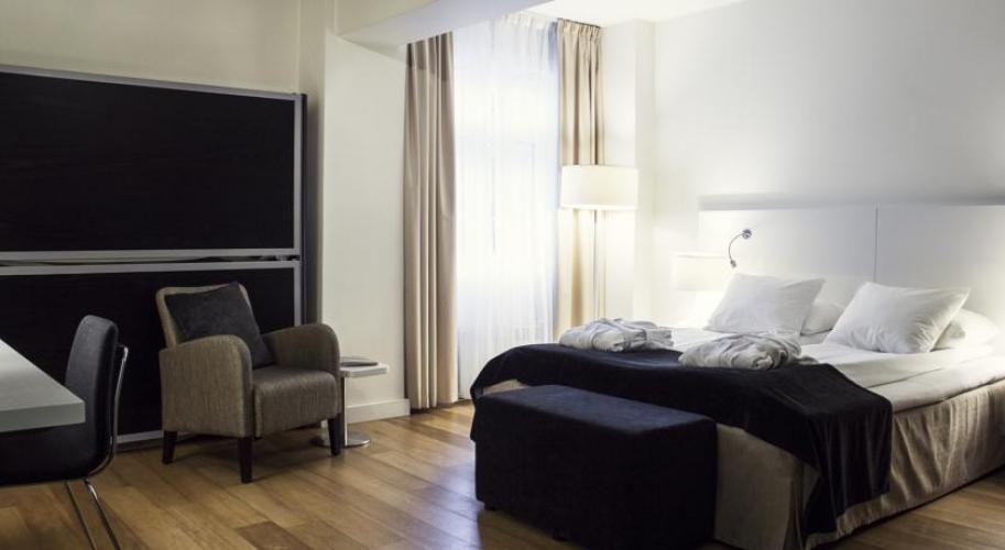 Bristol Hotel, Bengen (Norway). LA LITERAL Folding Bunkbeds