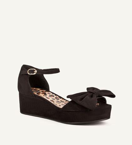shoe connection queensgate