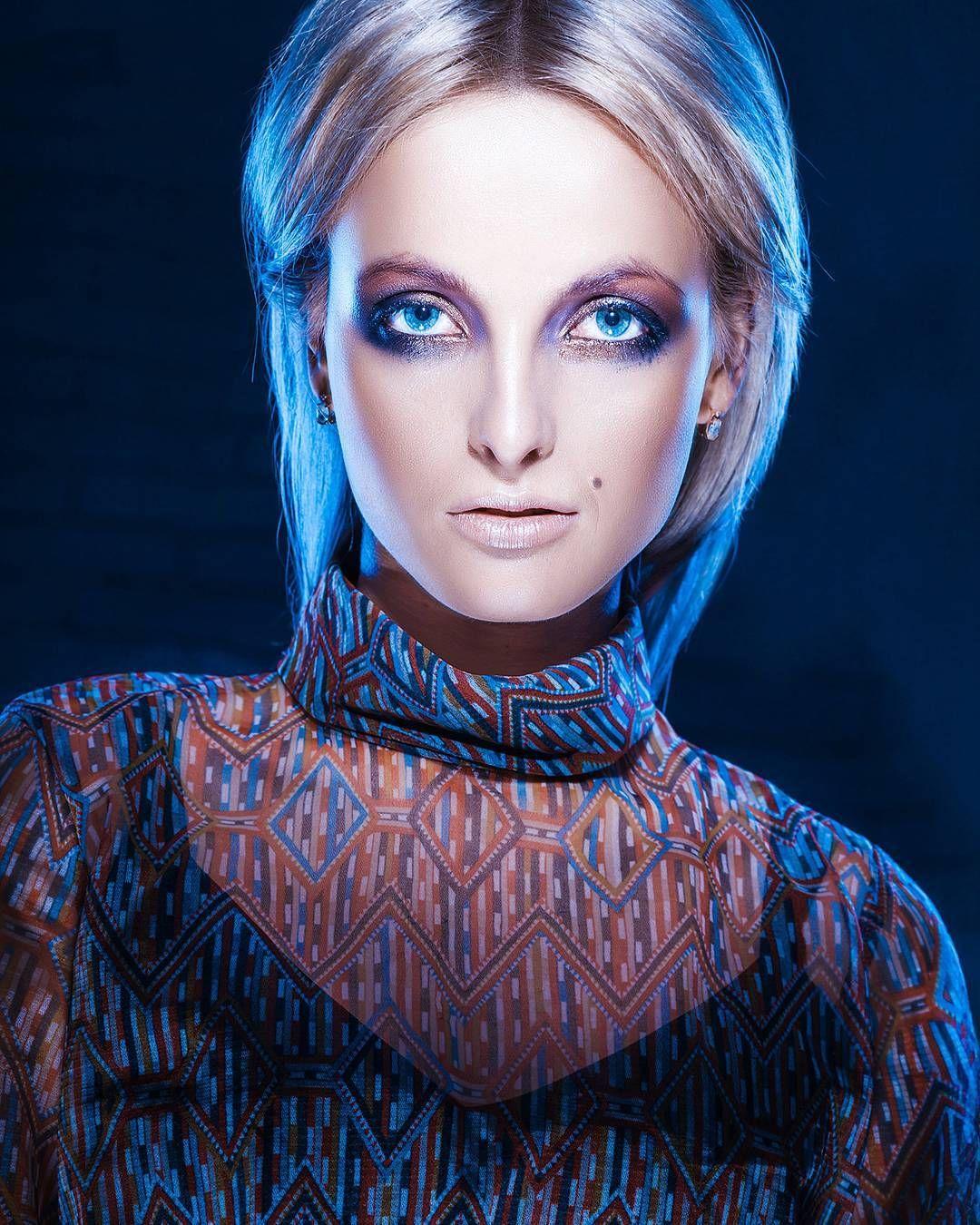 Moonlight. MUA Irina Pshenichnaya #moodyportrait #moonlight #fashion #editorial #followme #likeme #likemypic #bemyfollower #bestphoto #photooftheday #фотографыукраины