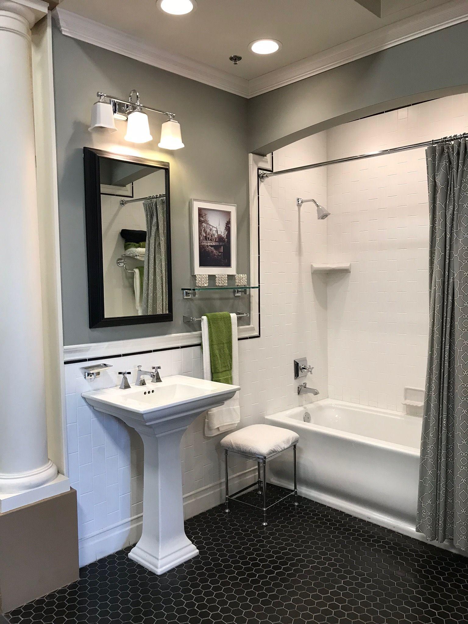 Pin by Susan Danilovich on Bathroom remodeling | Bathrooms ...