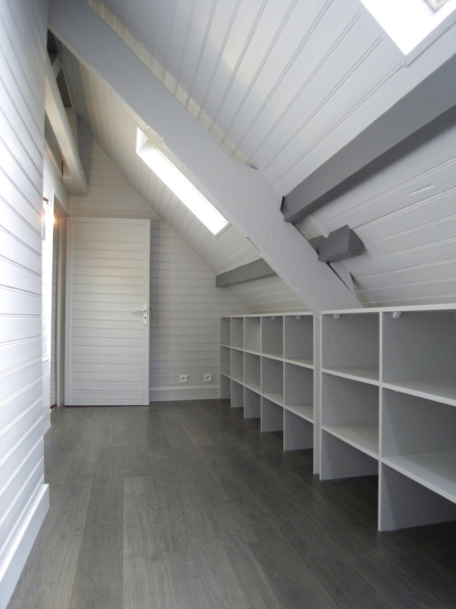 home et vous am nagement de combles maison style. Black Bedroom Furniture Sets. Home Design Ideas