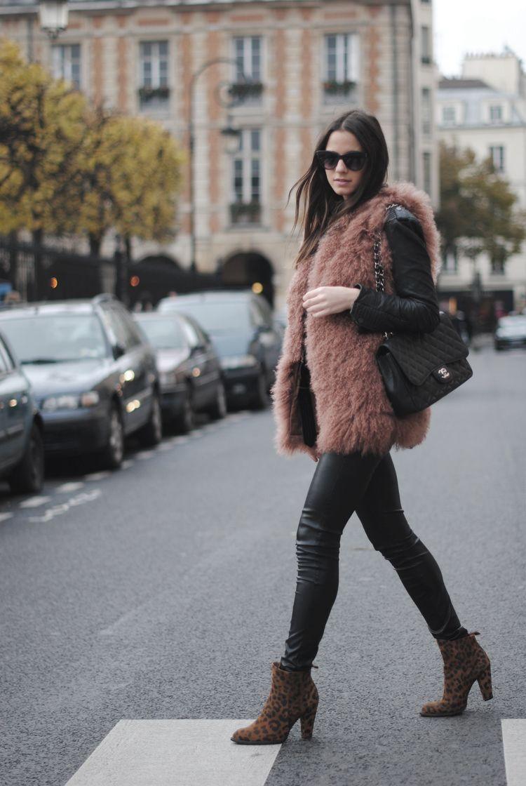 Vest: Hoss Intropia, Boots: Zara, Pants: Bershka, Bag: Chanel, Jacket: Zara, Sunglasses: Uterqüe, Ring: Uterqüe, Shirt: Zara