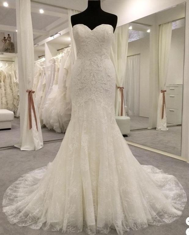 Used Wedding Gowns: Pronovias Bertina Wedding Dress