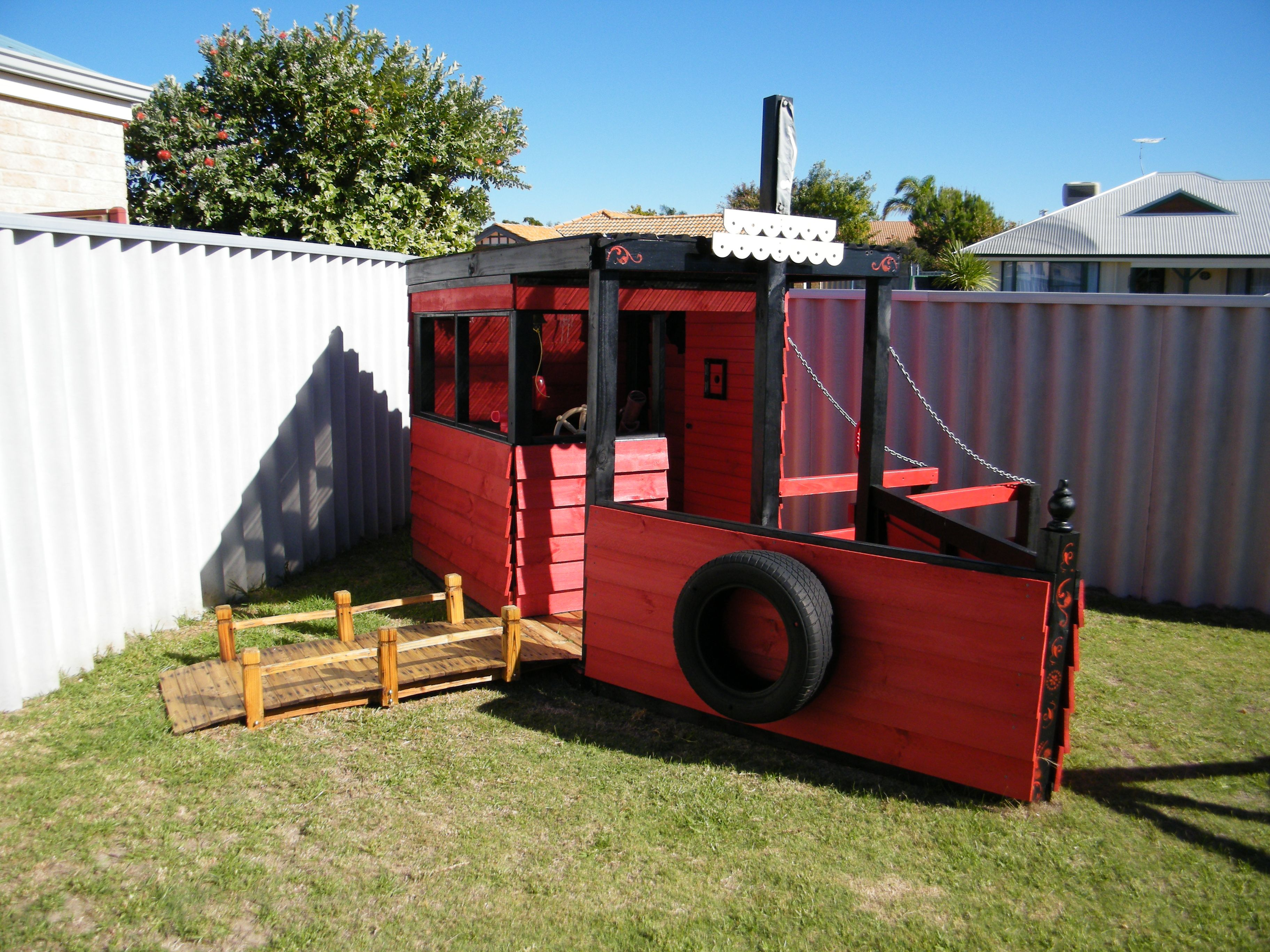 diy pirate ship cubby house the playground mamma pinterest
