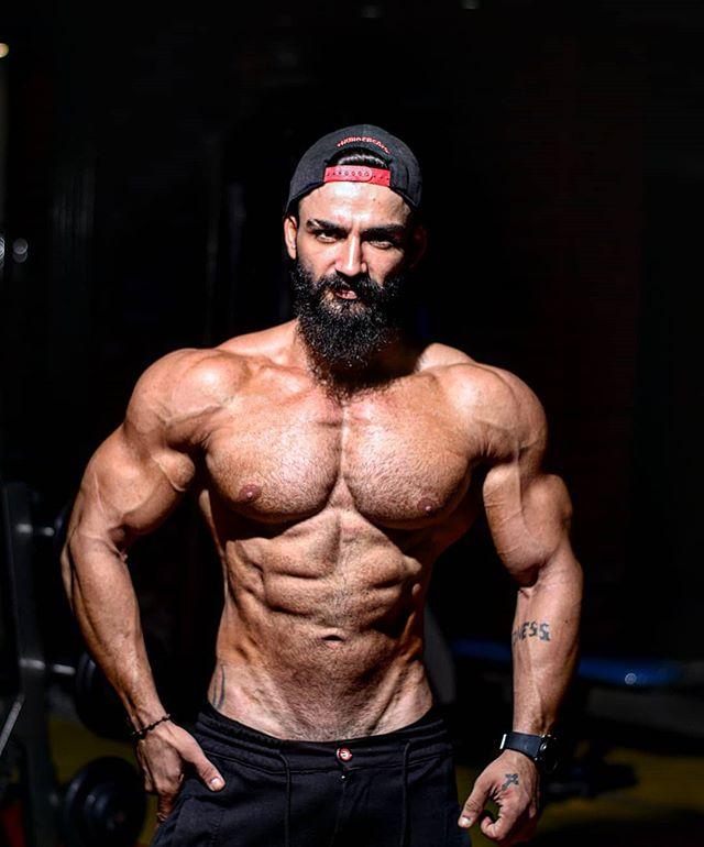 Khalil Abd Alnour On Instagram معلومات خاصة برياضة كمال الأجسام عن هرمون النمو التستسوستيرون يقو ي العضلات ويعز زها حيث يقوم بزيادة توليف ا Swimwear Speedo