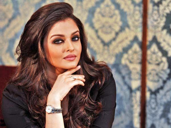Image From Http Www Stylishpie Com Wp Content Uploads 2015 01 Aishwarya Rai Bachchan Education Jpg Aishwarya Rai Bachchan Aishwarya Rai Actress Aishwarya Rai