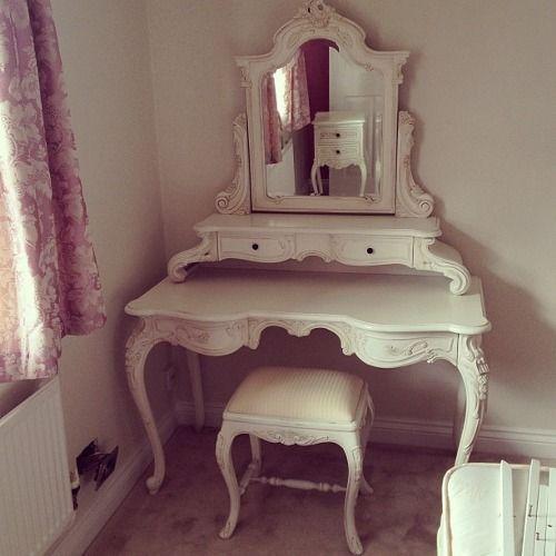 vintage vanity table tumblr