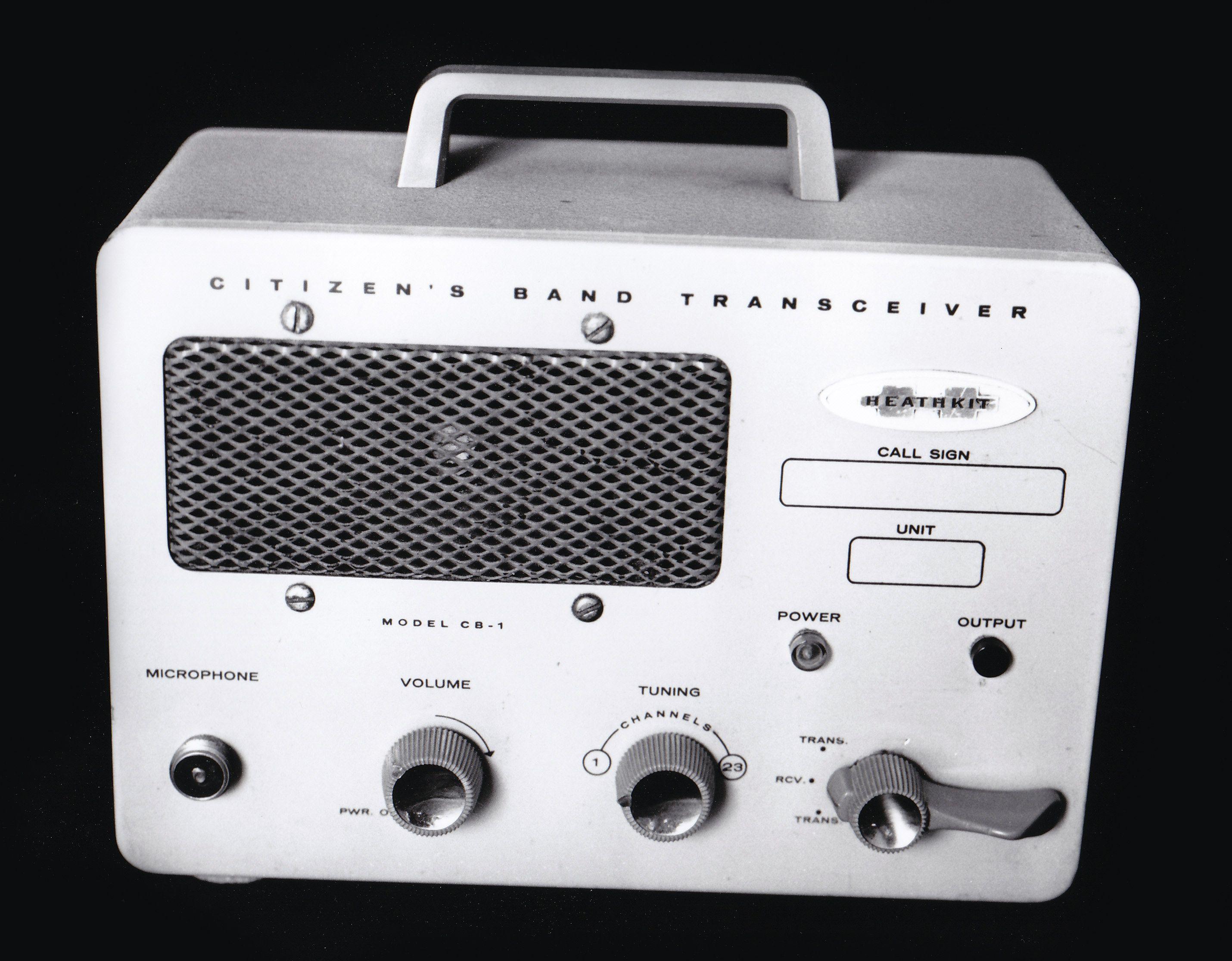 Heathkit CB1 portable CB Transceiver. Ham radio, Ham