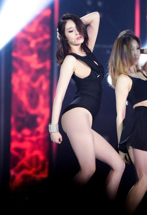 asian-girl-idol-nude-pantyhose-teasing-videos