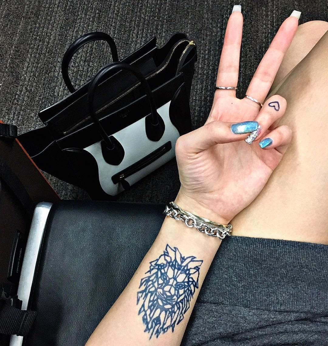 930559fddb93a Peace out commitment— inkbox tattoos look and feel like real tattoos but  only last for two weeks! #inkbox #inkboxlove #2weektattoo #tattoo