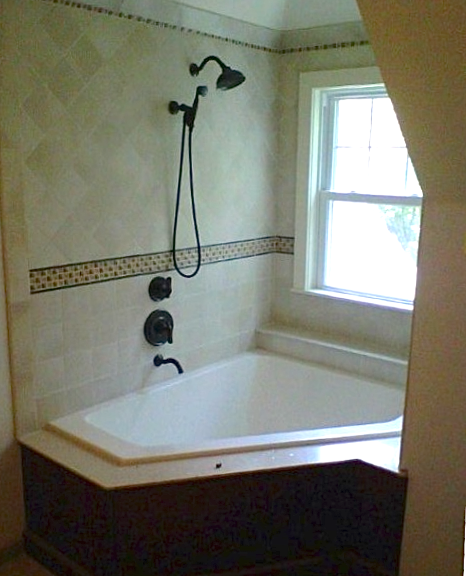 Amazing Jacuzzi tub with accent tile and beautiful shower system ...