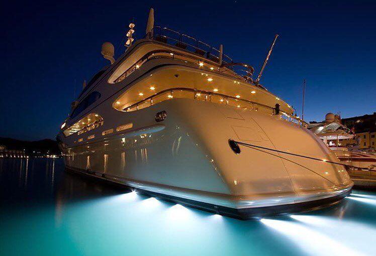 Mega yacht life!!! Via @luxuryworldtraveler | Do you want your own?  #millionairelifestyle #menstyle #megayacht #superyacht #yacht #yachtlife #yachtlifestyle #luxuryyacht #picoftheday #photooftheday #cruiselife #whiteday by luxuries_goodlife