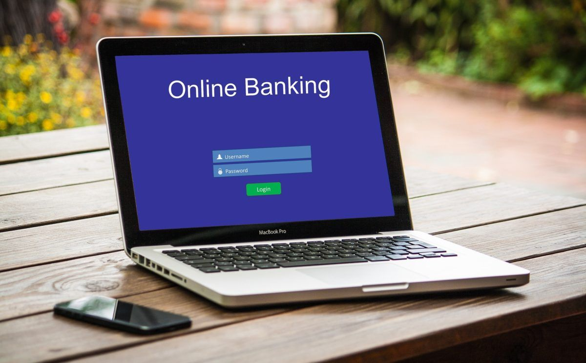 Banking The Bottom Line The Future Is Virtual Banking Notilizer Online Banking Virtualreality Finance Online Banking Mobile Banking Banking