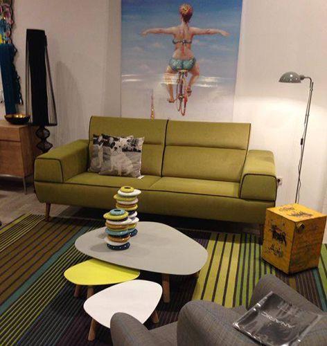 Tisch couch gallery of klassisch sofa rahaus einrichtung for Sofa nierenform